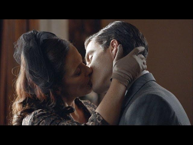 Velvet -  Doña Blanca besa a Max con pasión