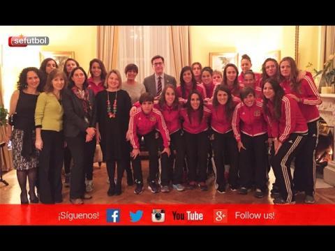 La Selección femenina, recibida en la Embajada de España en Irlanda