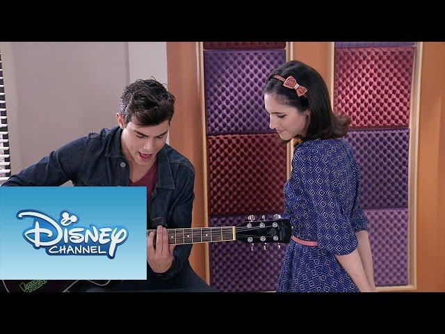 """Violetta: Momento Musical: Francesca y Diego interpretan """"Aprendí a decir adiós"""""""