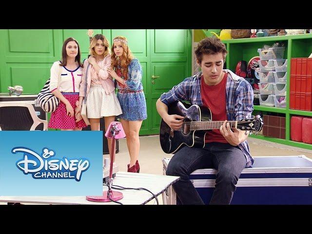 """Violetta: Momento Musical: León canta """"Voy por ti"""""""