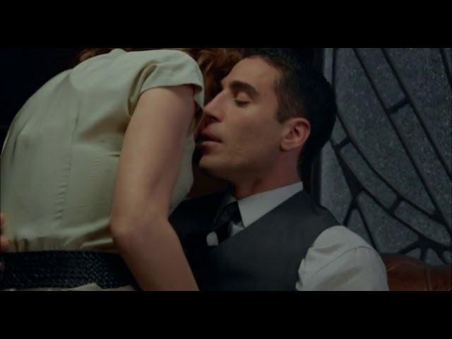 Velvet - Alberto frena el deseo de Cristina al acordarse de Ana