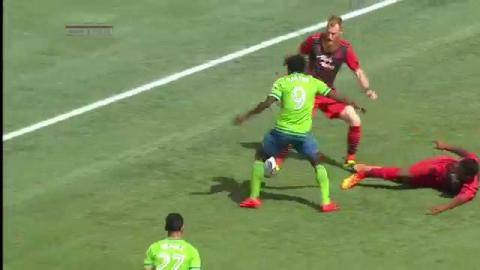 MLS: Martins goal -- Seattle Sounders (6')