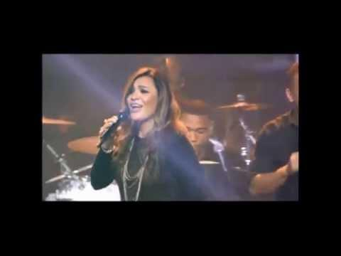 "Alma Rivera Sings ""Te Amo"" on TBN Salso"